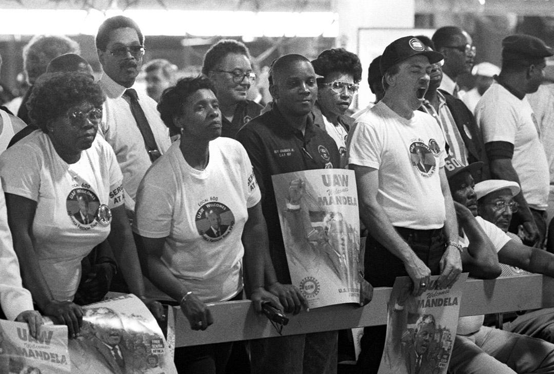 Mandela1990Rouge011