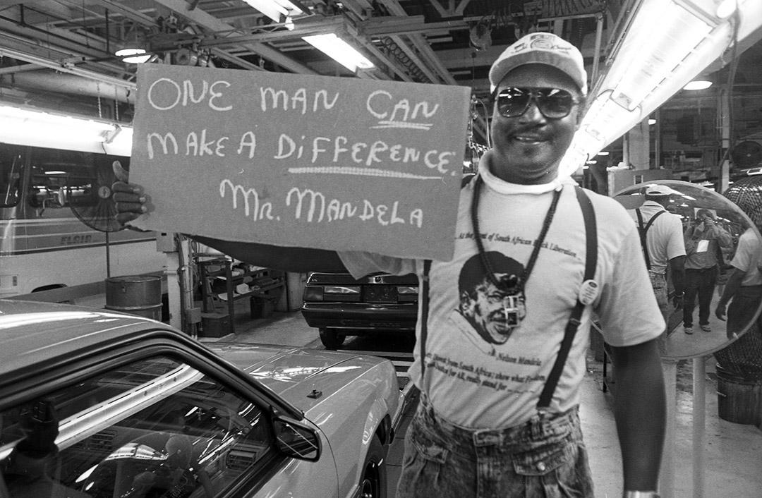Mandela1990Rouge041