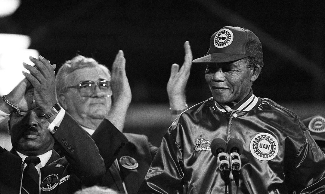 Mandela1990Rouge047