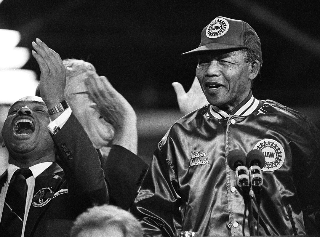 Mandela1990Rouge049